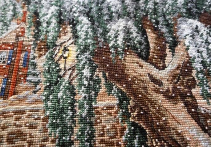 winter_lace_cross_stitch_7